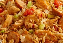 Jambalaya Recipes featuring Zatarain's Mixes and Creole Seasonings / The Sunday Supper Family is sharing their favorite jambalaya recipes made with Zatarain's Jambalaya mixes and Creole seasoning. What better dish to serve at your Mardi Gras celebration!  / by Sunday Supper
