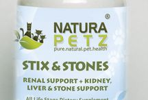 Stix & Stones / Sticks & Stones is used holistically to improve kidney function; to help break up kidney, liver, gallbladder & bladder stones, crystals, calculi & gravel; to support, tone, balance, strengthen, detoxify, revitalize & protect the kidneys, liver, intestines, pancreas & gall bladder; for kidney & liver disease and dysfunction; for vaccinosis; for urinary incontinence, for prostatitis and vaginitis; FIV, FLUTD, FLD, Non-Inflammatory Hereditary Myotonia & pancreatitis.