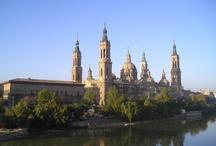 Spagna: tra movida e arte / by Travel Different