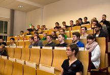 LINUX-Workshop / Am 10. November startete 17:00 Uhr ein neues Format  in der Hochschule für Telekommunikation Leipzig. Aus einer studentischen Idee heraus entstand eine komplette Vortragsreihe rund um das Thema LINUX. Dabei richtet sich das Konzept überwiegend an Einsteiger und ermöglicht den Kursteilnehmern die Zertifizierung bei einem externen Anbieter.