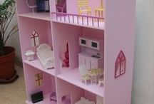 BARBIE HOUSE AND FURNITURE