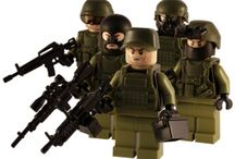 Military Lego and Army Minifigures / A collection of army/air force/navy/police minifgures and military related Lego sets: Guns, tanks, trucks, planes, weapons, defensive structures, war robots, armies etc.