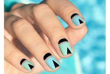 Geometric nails ⚫⬜