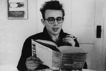 Famous People Reading books