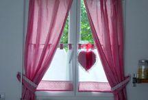 Pokój dziecinny - dekoracje okna