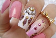 Dreamcatcher nails