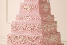 Heart Wedding Cake / by Diane Castro