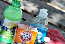Natural cleaning supplies / Instead of using harsh chemicals try using natural ingredients instead
