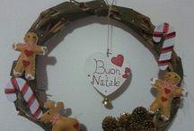 ghirlande natalizie e non !!! / Ghirlande realizzate a mano .. in tralci d'uva.. e rami d ' ulivo .. decorate in vari modi