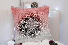 Pillow ,mandaly