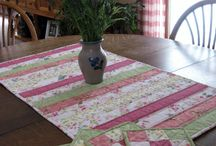 mug rug & table runner