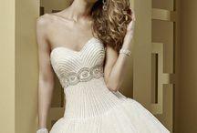 Nicole Spose / Wedding dress