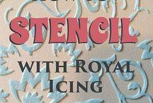 stencil met royal icing