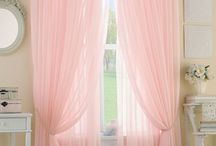 Kids Bedroom | Window Treatment Inspiration / Inspirations to help with selecting window treatments for the kids rooms.  Whether it be drapes, sheers, pelmet boxes, valances, roller or roman blinds.