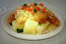 Honduran recipes / by Mayra Stinger