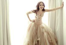 Dresses That Make My Heart Ache / by Emeli Reiart