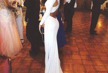 dress like A QUEEN U R!