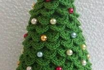 Horgolt Karácsonyfa és csengők, fára diszek