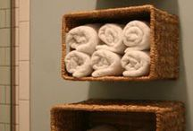 organizar com cestas na casa de banho