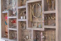 Sieraden / Ideeën en tips voor het handig opbergen van al je sieraden.