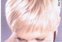 Good Hair Days / by Sharyn Nguen