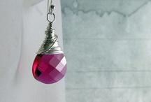 Gift Ideas / by Stacey Hansen