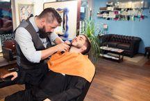 Barbier / Messieurs, on vous donne rendez vous dans notre salon Kraemer Esplanade 3 boulevard Leblois à Strasbourg. Cédric Valentin barbier et coiffeur