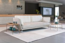 ROLF BENZ RONDO / Lounging with style and elegance - The Rolf Benz RONDO sectional sofa defies the outdated idea of elegance with its high, narrow and rounded back and wonderfully soft seat and back cushions. This Lounge Deluxe seating comfort is not only pleasantly soft, but it also has a decidedly lightweight appearance in your living room.