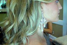 feltűzött frizurák