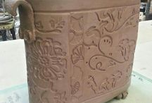 Pottery - feet