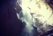 Parco Grotta Cascata Varone / A Tenno, a soli tre chilometri di distanza da Riva del Garda,  si trova il Parco Grotta Cascata Varone, un'attrazione naturalistica assolutamente da non perdere.