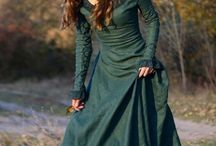 Medieval Costumes {Dresses-Hair-Accessories}