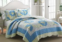 Classic Americana Quilts / Betsy Ross would have loved these quilts!  Classic Americana quilts…threaded with tradition.