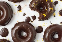 Doughnuts and Doughnut Holes / Doughnuts or Donuts - however you spell it they're delicious