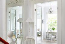 White home / .