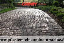 Rustikale Pflastersteine, Mauersteine/ Quader, Platten aus Granit, Schiefer, Serpentin, Gneis...... / Sehr geehrte Damen und Herren, gefällt es Ihnen ein rustikaler Stil, rustikaler Mauerwerk in der Architektur, Garten- und Landschaftsbau usw.? Vielleicht mögen Sie auch rustikale Natursteine und Erzeugnisse (Pflastersteine, Mauersteine, Blöcke, Quader, Platten, Blockstufen usw.) aus solchen Baumaterialien? Wenn das der Fall ist, stehen wir gern zu Ihrer Verfügung.