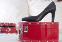 Modelos de punta fina / zapatos elegantes y cómodos para azafatas, profesionales uniformadas y mujeres ejecutivas.