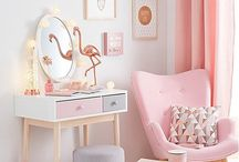 Girl's Room Decor