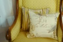 Perfect Picture Living - Scatter Cushions 5 / Group of Yellow gold and silver.