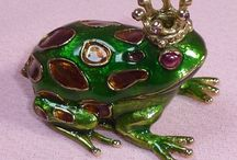 Trinket Boxes / Trinket boxes have been around throughout history! They are fabulous and interesting collectibles!