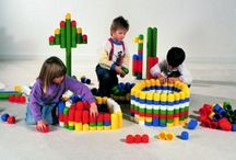 Juegos de construcciones / Juegos de construcciones para niños de todos los tipos.. Fabricadas de plástico, de madera.. Todas de gran calidad harán  que se dispare la imaginación de los niños