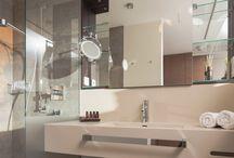 Zimmer Ausstattung / Exklusive Zimmerausstattung mit allen Finessen ►►  Sie wollen Ihren Urlaub auf Norderney mit Stil genießen? Das Hotel MeerBlickD21 überzeugt durch moderne Architektur, exklusive Ausstattung und innovative technische Features in allen 16 Apartments, Suiten und Studios. Lassen Sie sich dieses Hotel-Highlight an der Nordsee nicht entgehen.