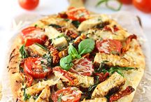 Pizza and Flatbread / by Karen Thro