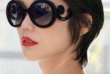 Prada / Gafas de Sol Prada. Conoce la colección de gafas de sol con un 40% de descuento.  Modelos originales al mejor precio online y con garantía de la marca.
