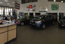 Lynch Toyota Showroom / Check out our showroom