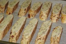 Gluten Free Recipes / by Emma Farley