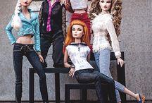 barbie poses