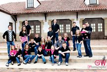 extended family poses. / by Ashley Pratt Pesata