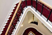 Monumentale trap / In 2009 is de grootschalige renovatie van het wereldmuseum in Rotterdam afgerond. Ook van der Vegt heeft een rol in dit project mogen hebben. In het hart van het gebouw is weer een monumentale trap aangebracht die eer doet aan de rijke historie en monumentale karakter van het gebouw.