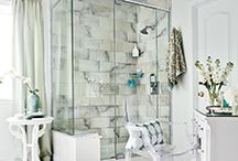 Bathroom Decor Ideas / Want to make your bathroom more inviting? Need more storage? Get bathroom decorating inspirations and ideas to make this space more stylish at http://www.brabbu.com/en/inspiration-and-ideas/category/interior-design/bathroom